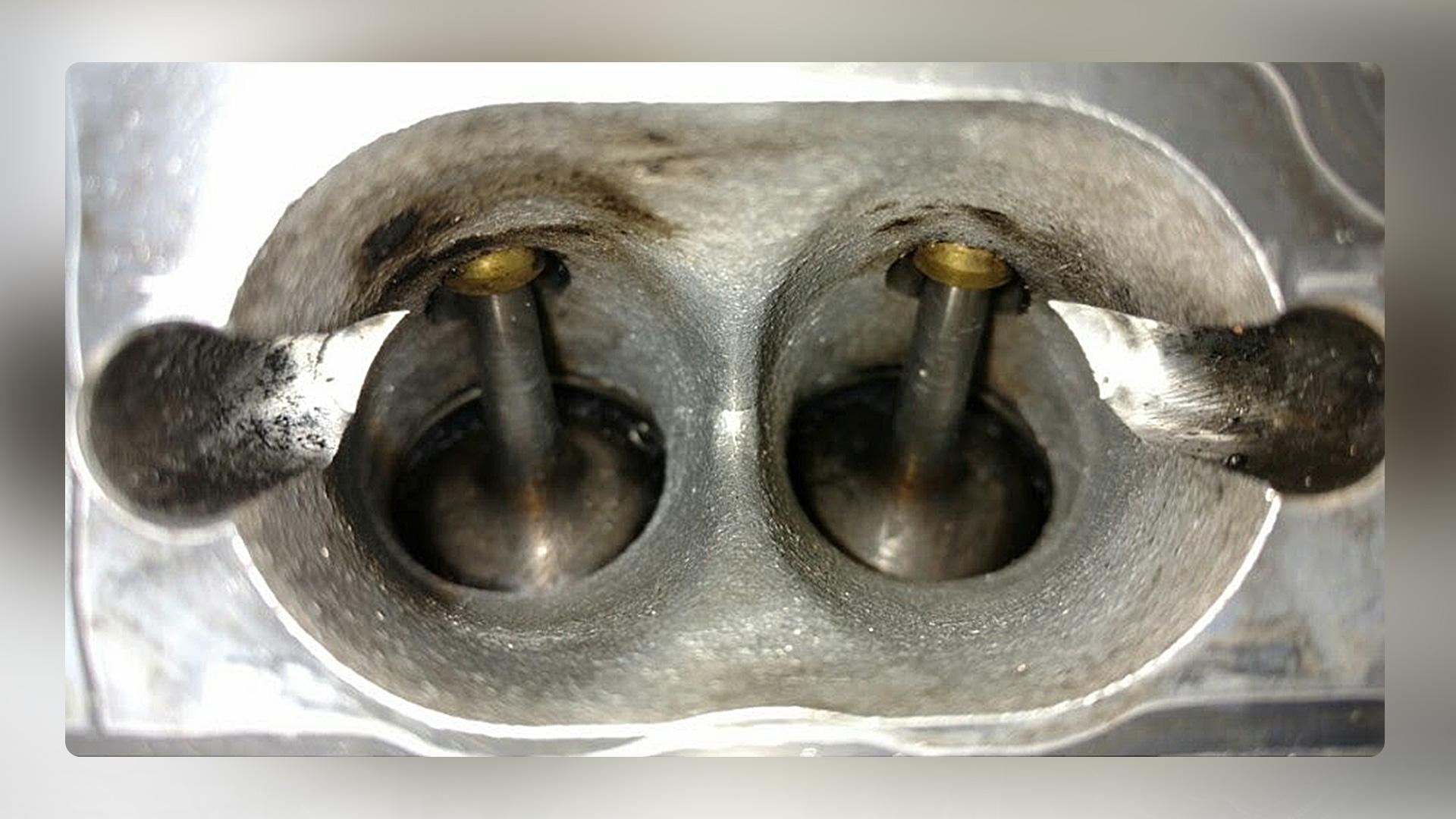 Очистка выпускных клапанов от нагара химическим способом DRIVE 2 10